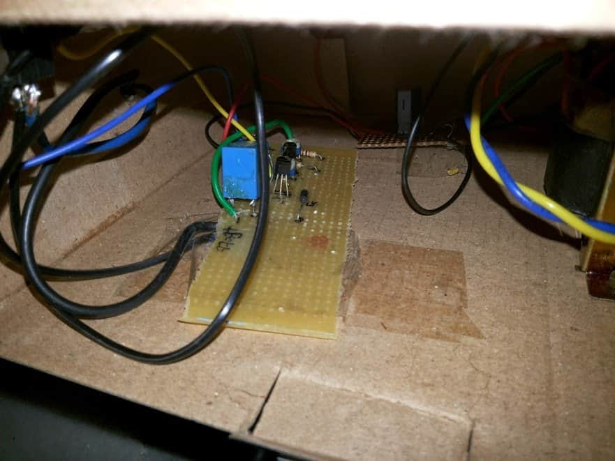 #2 self regulating battery charger PCB images
