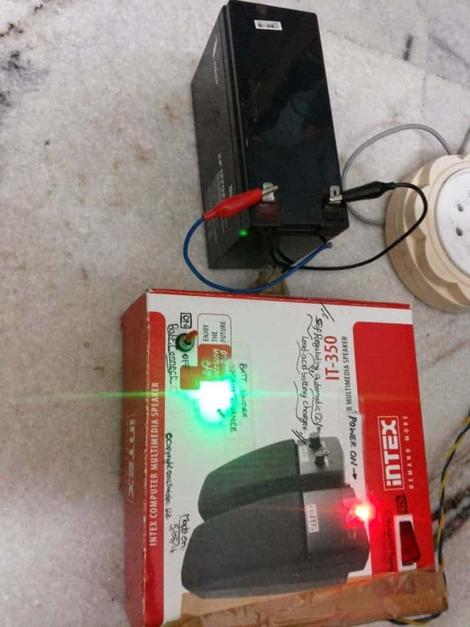 #4 self regulating battery charger prototype working