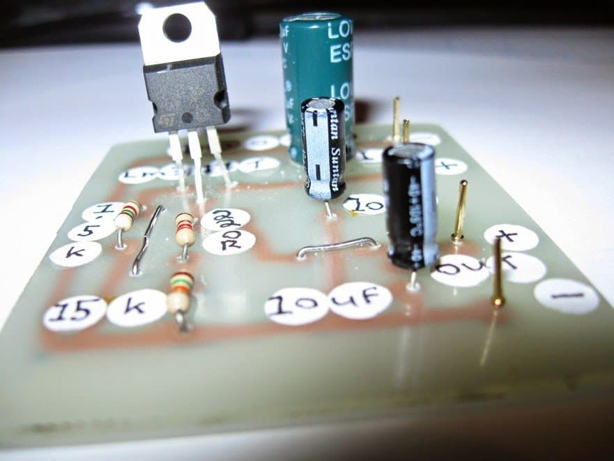 Making a Regulated 9V Battery Eliminator Circuit