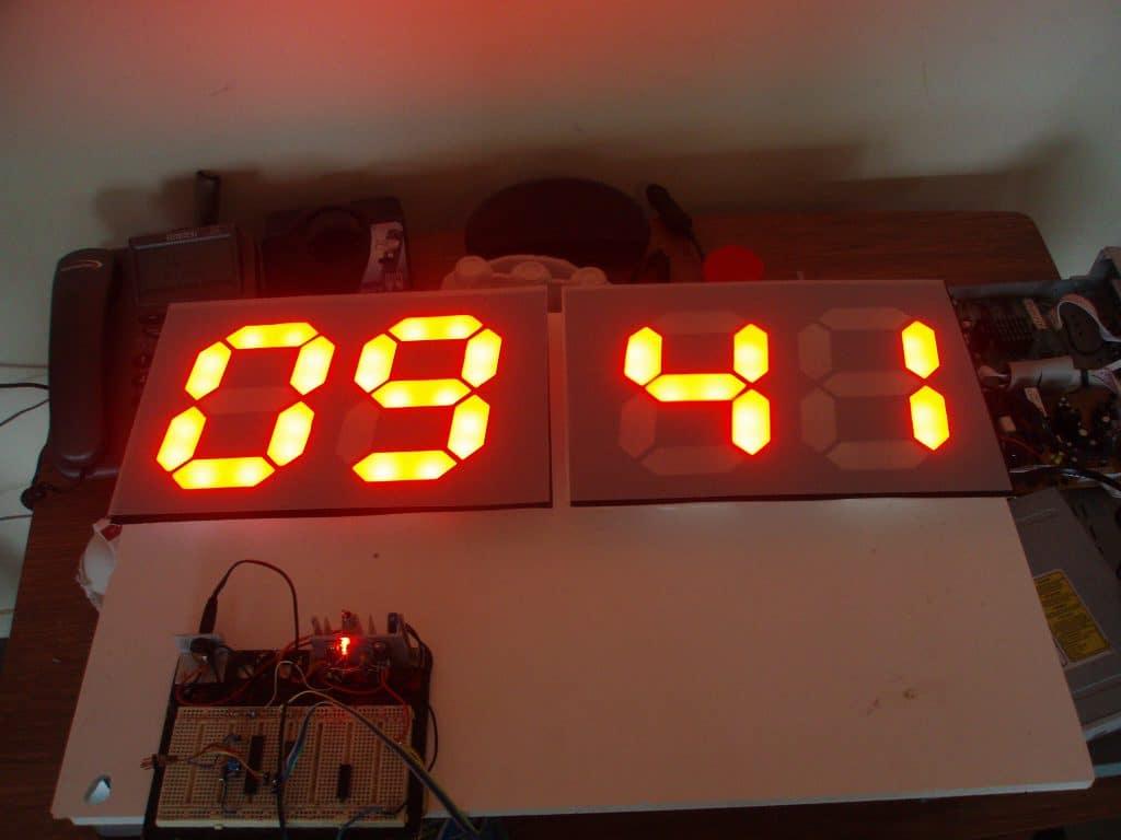 p6270018 - Remote Controlled Game Scoreboard Circuit